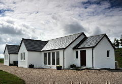 Hartaval and Baca Ruadh Cottages, Valtos, near Staffin