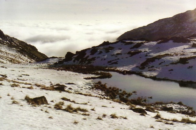 Mini Tarn above Levers.jpg
