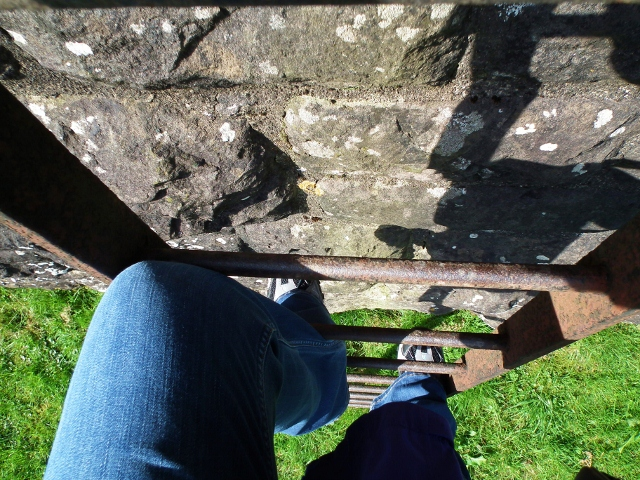 1 Climbing up the Aquaduct (640x480).jpg
