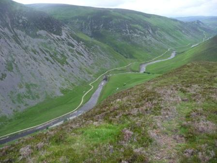 037 descending back into Glen Tilt on Luib Mhor 21st June 2014 c.jpg