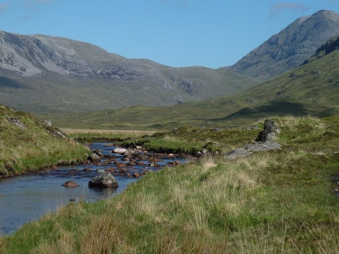 Heading towards the Bealach.JPG