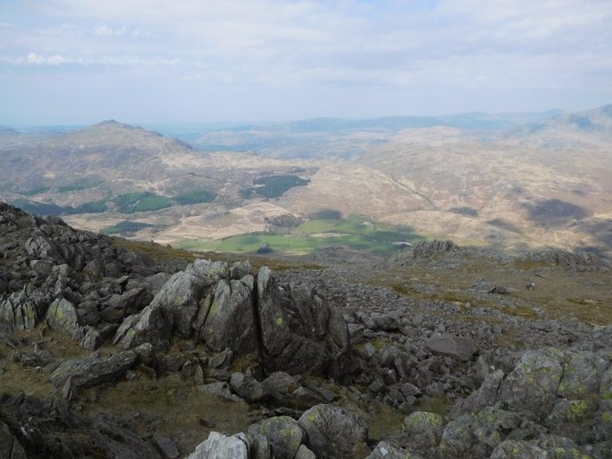 16 - Looking to Harter Fell and the Eskdale Fells from Grey Friar.JPG