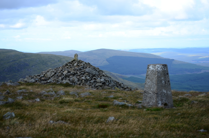 17 - Meikle Millyea trig and cairn.jpg