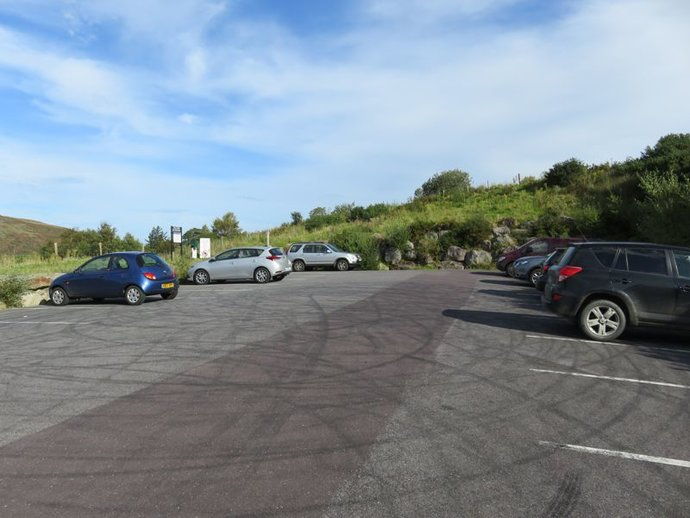 Carrauntoohil parking.jpg
