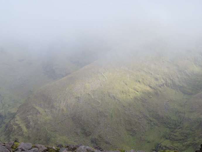 Carrauntoohil zigzags.jpg