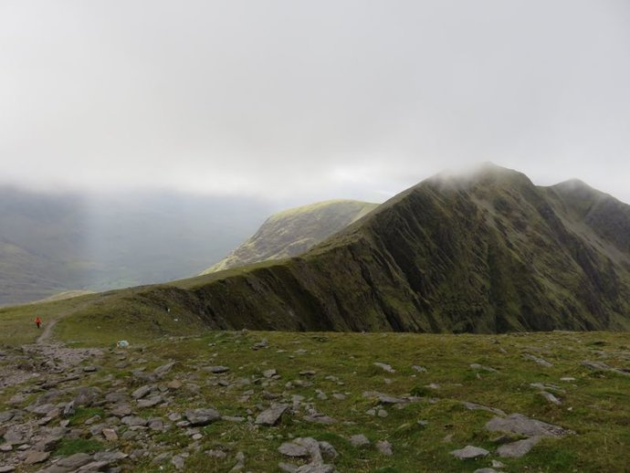 Carrauntoohil over to Cahil.jpg
