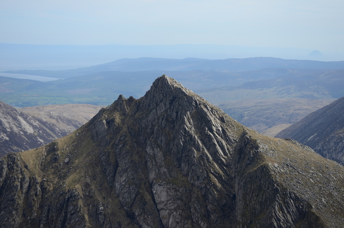 22 - Cir Mhor with unreachable island.jpg