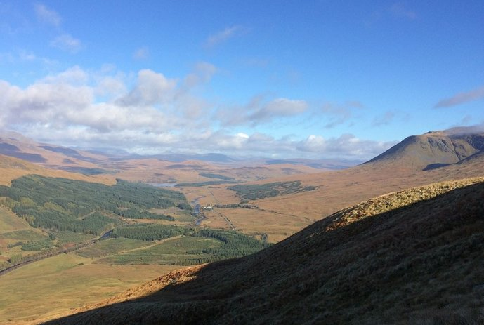 WR5 - fine view of Bridge of Orchy & distant hills to N.jpg