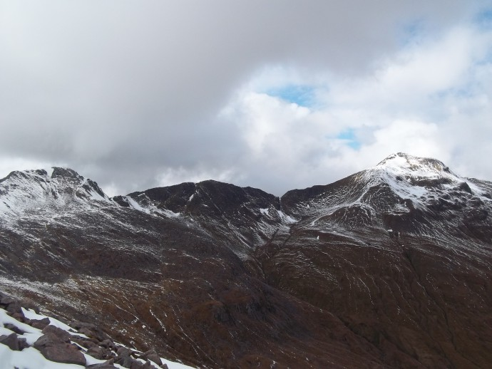 15. stunning view of The Devils Ridge with Sgor an Iubhair to the left and to the Sgorr a'Mhaim right..JPG