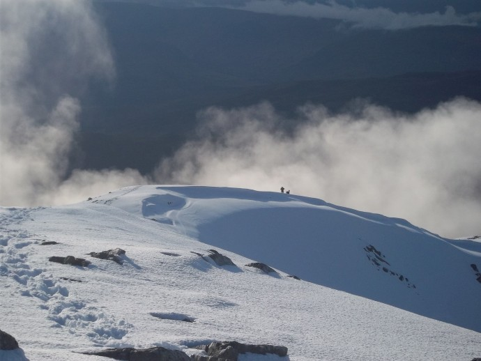 20. The Descent to Glen Nevis with David & Ryan in the distance.JPG