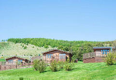 Balmeadowside Country Cottages and Lodges, near Cupar