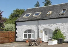 Courtyard Cottage, Gruline, near Salen