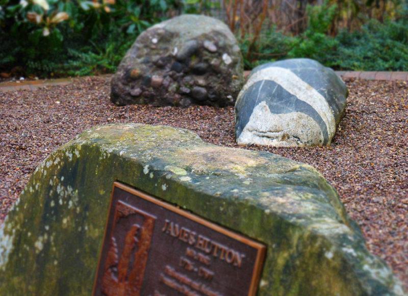 A piece of Glen Tilt in Edinburgh – a boulder with intrusive white granite veins.