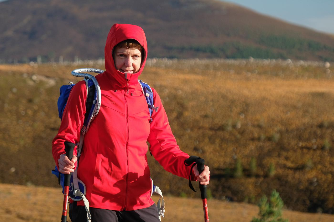 wholesale dealer 94bdb 5aa51 Gear Review: Womens Mammut Ultimate V softshell hooded ...