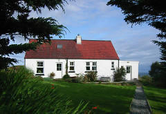 Ascrib Cottage Apartment, Kildonan, near Edinbane