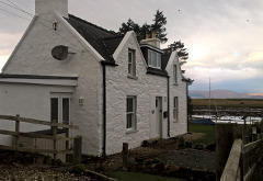 Oystercatchers Holiday Cottage, Breakish